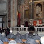 Vista dell'altare durante il discorso del Gran Maestro